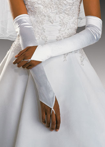 How to choose gloves matching with your wedding dress for Wedding dresses with gloves
