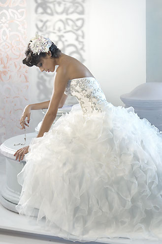 Wedding on Reserve Your Wedding Dress
