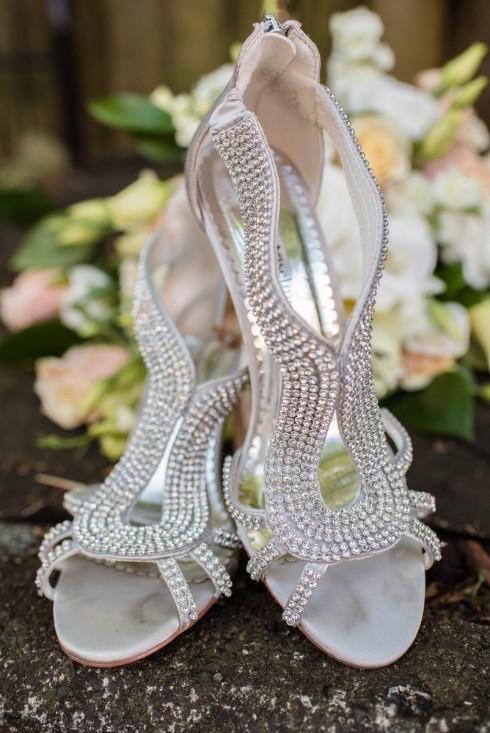 Bridal Shoe Selection Pointers for Unique Looks