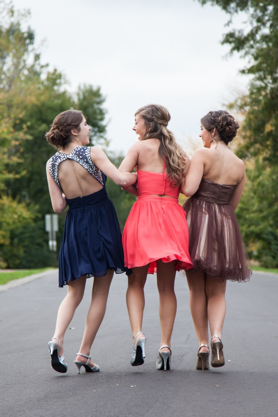 How to Find the Perfect Prom Dress on a Budget | JJsHouse