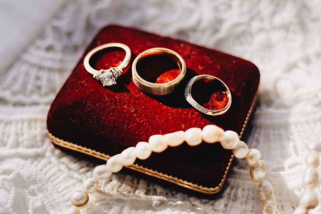 Will You Marry Me Engagement Ring VS Wedding Ring
