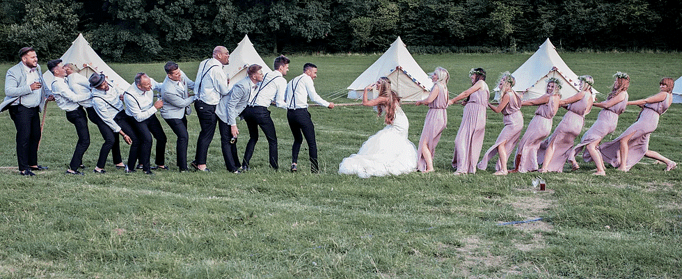 Lawn Games: Wedding Tug of War