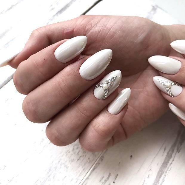 Pearl White Acrylic Bridal Nails in Almond Shape
