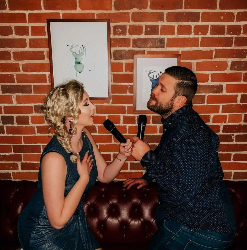 Sing your Heart Out on Your Wedding Anniversary