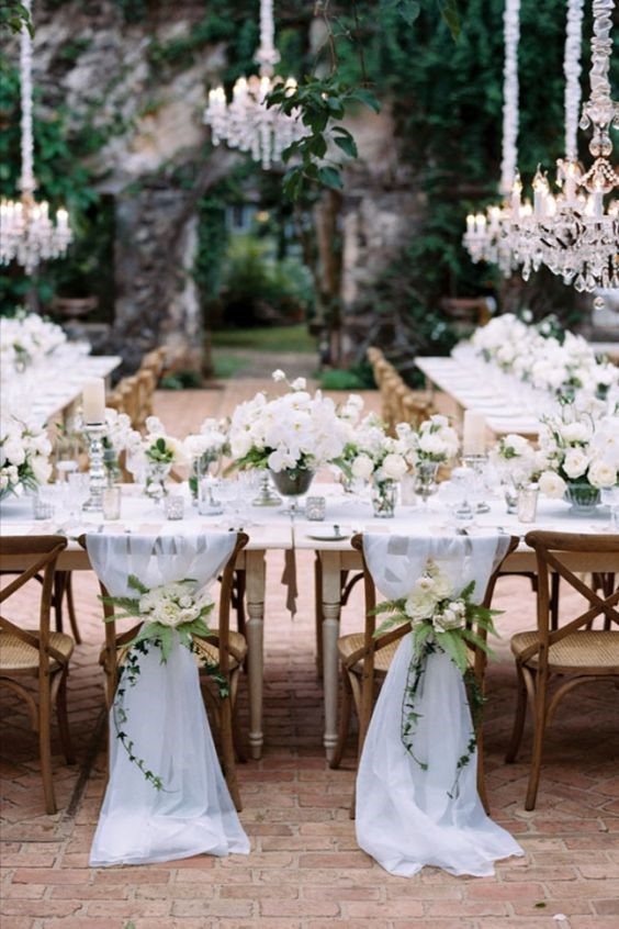Classic Pure White Wedding Style