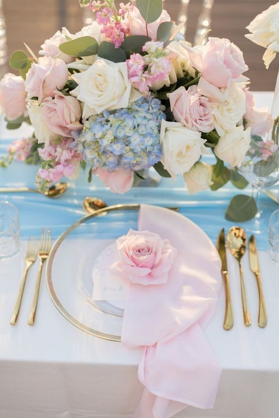 Fantanstic Pink and Blue Wedding Theme