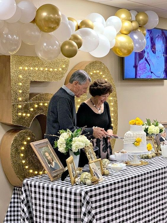 50th Wedding Anniversary Party Ideas || Golden Anniversary Decorations