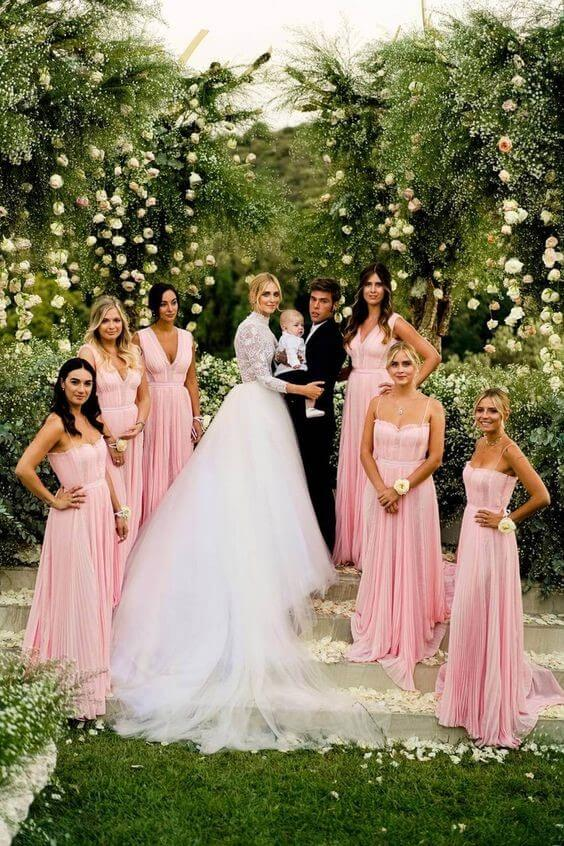 Ferragnez with Cute Leone and Lovely Bridal Party in Pink